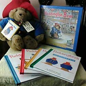 1999 Rainbow Designs Paddington Bear w/5 new books